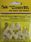 1-35-German-Engineer-and-2-mines-WWII-1-fig-