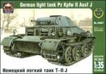 1-35-Pz-Kpfw-II-Ausf-J-German-light-tank