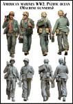 1-35-American-marines-WW2-machine-gunners-Pazific-ocean-2