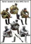 1-35-Soviet-soldier-on-rest-WW2-Set-3