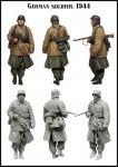 1-35-German-Soldier-1944