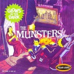 1-16-The-Munsters-Detailed-Replica-of-their-living-room