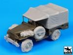 1-35-US-Dodge-accessories-set-AFV