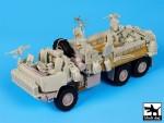 1-35-M1083-War-Pig-accessories-set-TRUMP