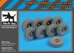 1-35-HEMTT-wheels-accessories-set