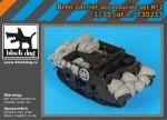 1-35-Bren-carrier-accessories-set-TAM