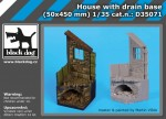 1-35-House-with-drain-base-50x450mm