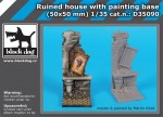 1-35-Ruined-house-with-painting-base-50x50-mm