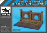 1-72-Vietnam-Hue-street-base-140x90-mm