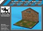1-72-Airfield-with-hangar-WWI-base-170x140-mm