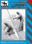 1-32-Luftwaffe-Mechanic-personnel-set-1940-45