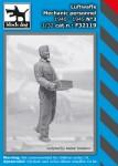 1-32-Luftwaffe-Mechanic-personnel-1940-45-No-3