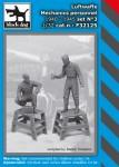 1-32-Luftwaffe-Mechanic-personnel-set-No-3-1940-45