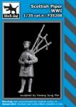 1-35-Scottish-piper-WWI-1-fig-