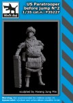 1-35-US-paratrooper-before-jump-No-2-1-fig-
