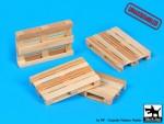 1-72-Wooden-palets-unassembled-4-pcs-