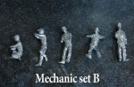 1-43-Mechanic-Figure-Set-B
