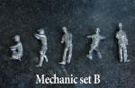 1-43-Mechanic-Figure-Set-B