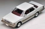 -1-64-LV-N168a-Cedric-V30-Turbo-Brougham-White-Gold