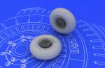 1-48-Il-2-Shturmovik-wheels