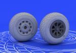 1-48-P-51-wheels