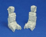 1-32-Highly-detailed-resin-seats-with-integral-Seat-belts-
