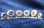 1-72-Lockheed-C-130-HERCULES-WHEELS-Resin-wheels-4