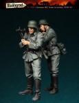 1-35-German-MG-team-in-action-1939-43