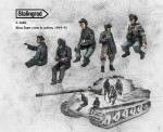 1-35-King-Tiger-crew-in-action-5-figures