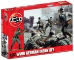 1-32-WWII-German-Infantry