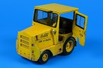1-32-UNITED-TRACTOR-GC340-4-SM-340-tow-tractor-with-cab