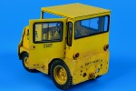 1-32-UNITED-TRACTOR-GC340-SM-340-US-NAVY-DLA-with-cab