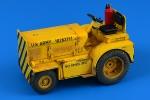 1-32-Minneapolis-Moline-MT-40-Tow-Tractor-US-NAVY