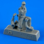 1-48-U-S-A-F-Maintenance-crew-farm-gate-operation-Vietnam-War