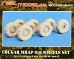 1-35-Acc-Wheel-set-for-COUGAR-MRAP-6x6-MENG