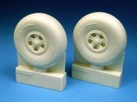 1-24-Hawker-Typhoon-Mk-Ib-main-wheels-designed-to-be-used-with-Airfix-kits