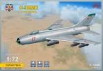 1-72-Sukhoi-S-32MK-Soviet-bomber