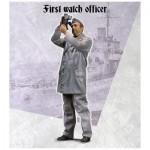1-35-First-watch-officer