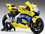 1-12-Honda-Pons-RC211V-03-Biaggi-Finished-Model