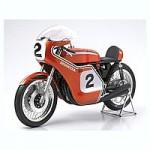 1-6-Honda-CB750-Racing-Semi-Finish-Model