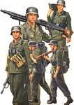 1-35-GRM-MG-GUN-CREW-WALKING-5-TPS