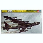 1-100-Boeing-B-52D-Stratofortress