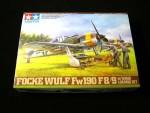 1-48-Fw190-F-8-9-w-Bomb-Loading-Set