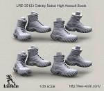 1-35-Oakley-Sabot-High-Assault-Boots