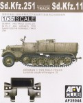 1-35-SdKfz-251-Workable-Track-Set-early-model