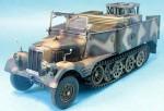 1-35-Sd-Kfz-11-4-3-Ton-Nebelkraftwagen-Wurfrahmen-40