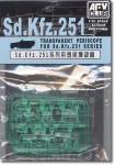 1-35-SDKFZ-251-TRANSPARNT-PERISCOPE