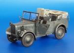 1-35-Kfz-2-Stoewer-Radio-Car