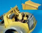 1-35-Engine-compartment-detail-set-Opel-Blitz-Tamiya
