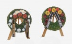 1-48-Funeral-wreaths-with-easels